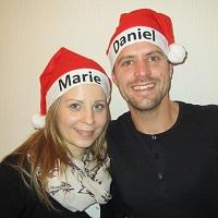 Paar-mit-Weihnachtsmütze_k